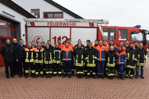 Basismodul Lehrgang Bei Der Feuerwehr Großostheim Erfolgreich